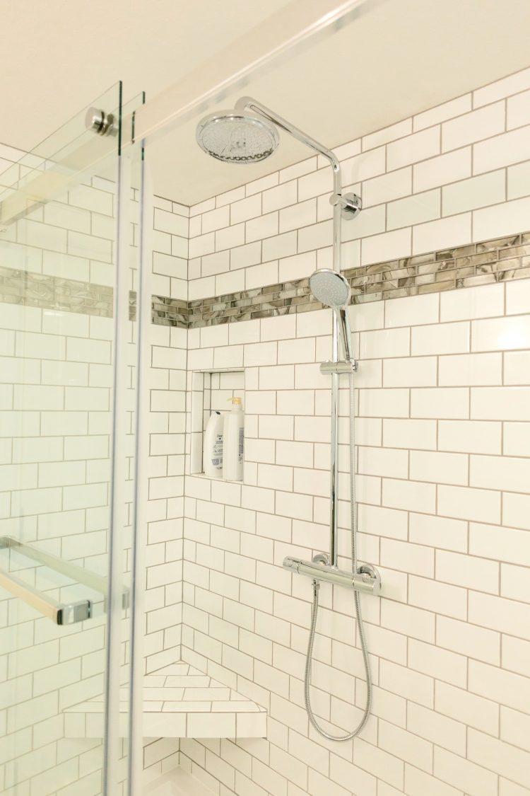 Phillips Bath 6